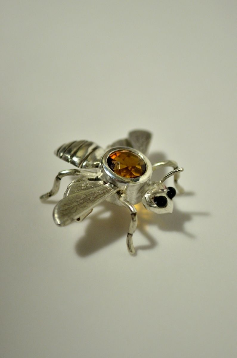 Sterling Silver Bee Pin