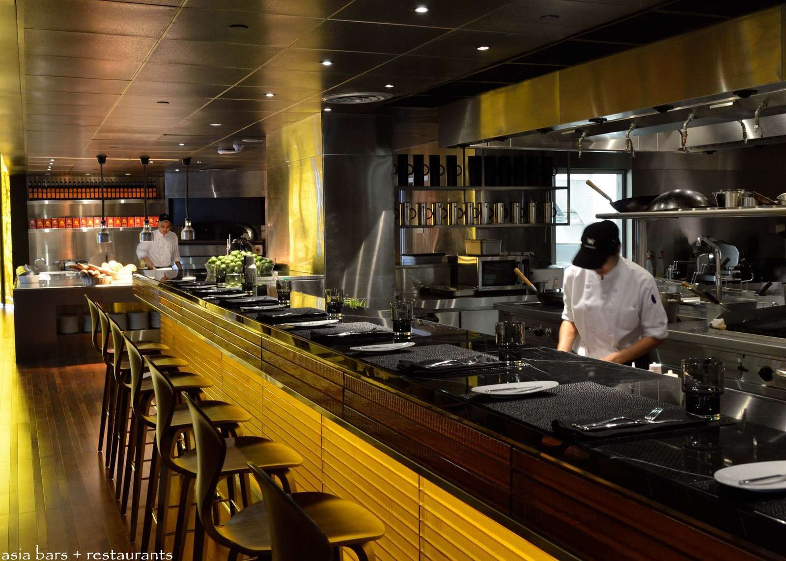 Show Kitchen Restaurant Google Search Open Kitchen Restaurant