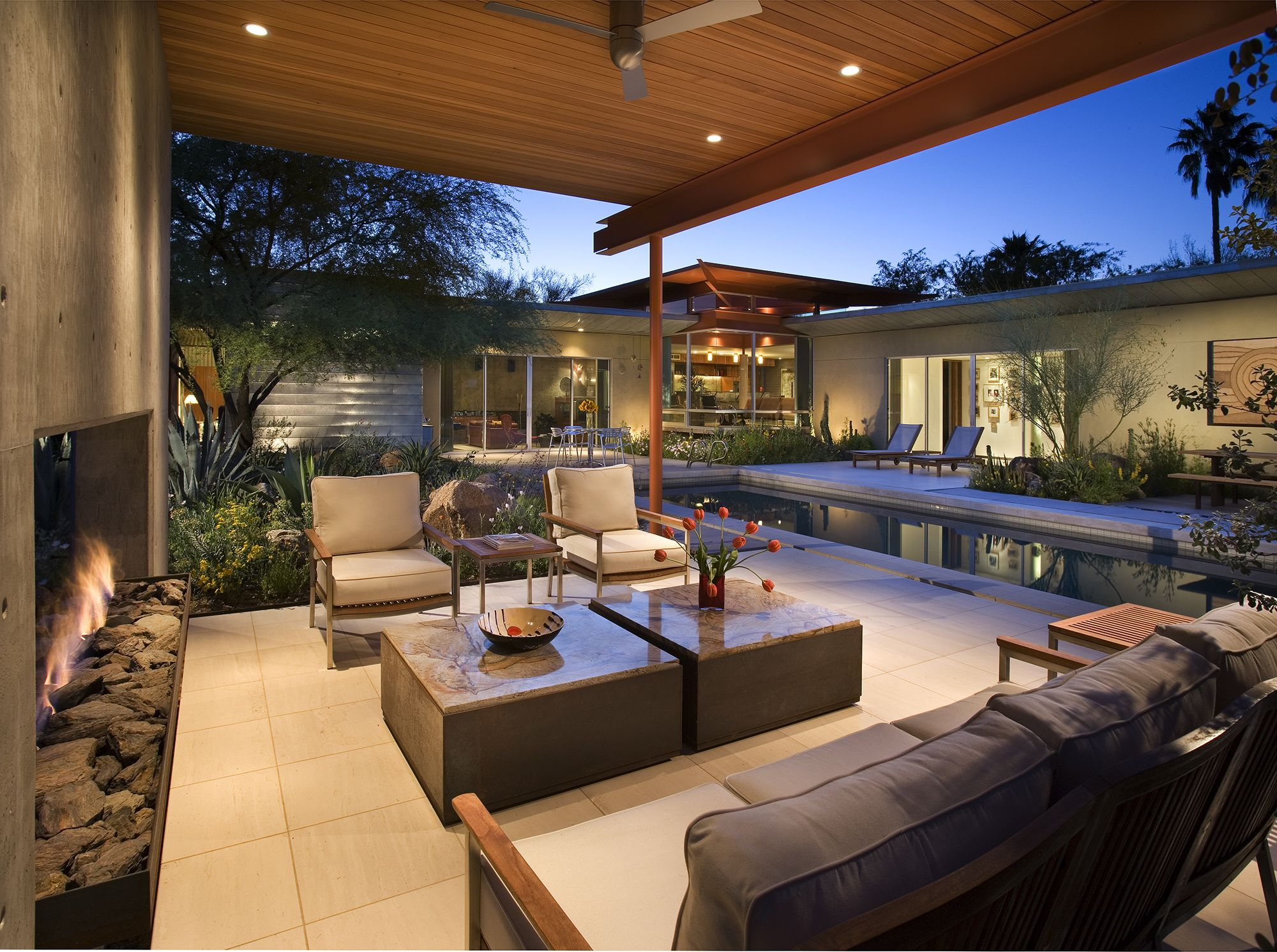 byrnes residence in phoenix az built by the construction zone