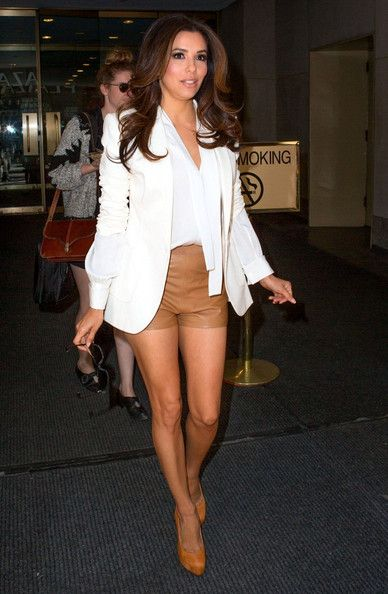 Steal Her Style: Eva Longoria's Leather Shorts (Snag This Perfect Date Night Look!) | StyleBlazer