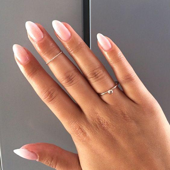 Liebe, liebe, liebe diese Babyboomernägel! Eine perfekt verblasste French Manicure. – #babybo … Schminke #Nagel – Nagel