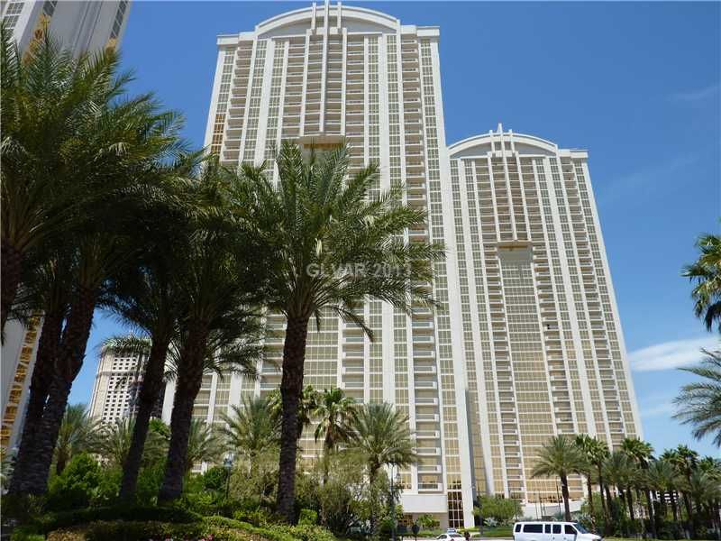 Gorgeous Tower 2, PENTHOUSE Unit on 30th Flr w/ Balcony & Views!!! JACUZZI TUB, GRANITE COUNTER TOPS. ALL FURNITURE INCLUDED!  POOL/SPA, SHOPPING,VALET, 24 HOUR GUARD FITNESS CENTER & RESTAURANTS...