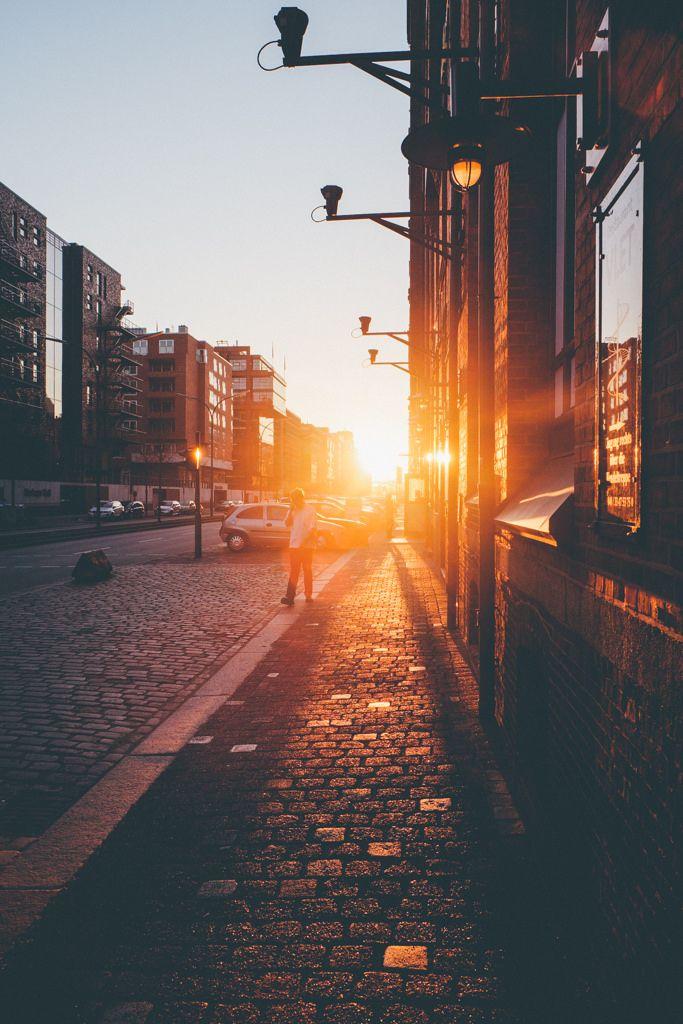 paseo por la mañana temprano, cuando aún no hay nadie...