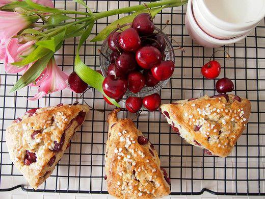 Fresh and Delicious: Cherry Scones