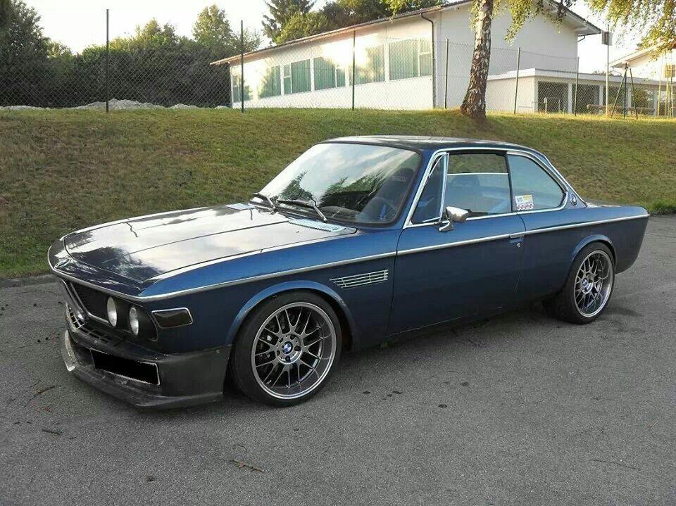 Bmw E9 3 0cs Blue Bmw E9 Bmw Bmw Classic Cars