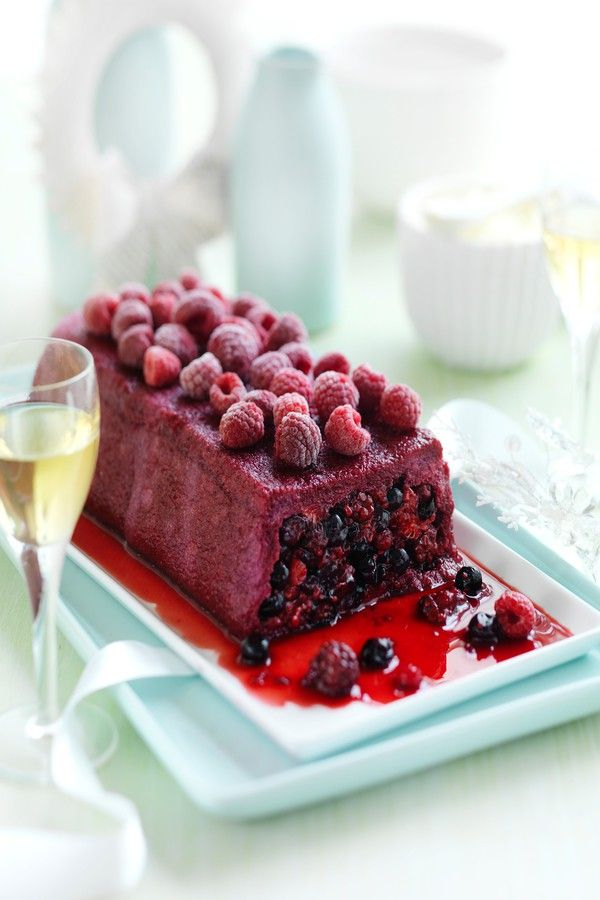 Berry pudding with mascarpone cream recipe - delicious summer dessert.