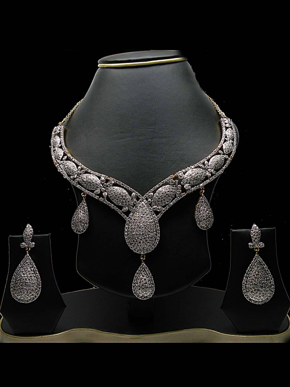 Contemporary Design Necklace Set Bridal jewelry, Bridal