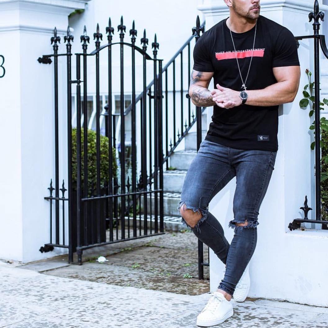 5 754 Likes 31 Comments Modern Men Street Style Modernmenstreetstyle On Instagram Left Of Modern Men Street Style Mens Street Style Mens Fashion Casual