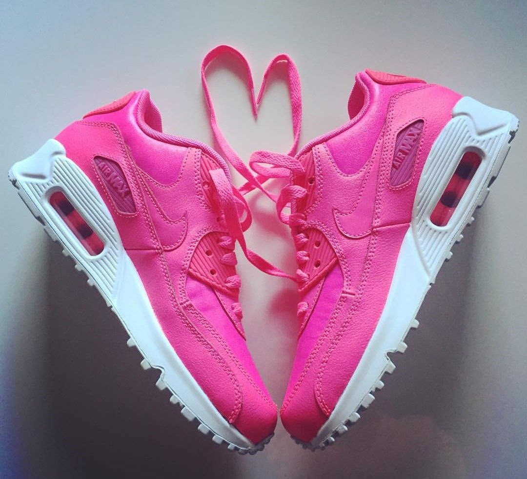 wholesale dealer a2825 ba728 Nike Air Max 90 in pink    Foto  mrs.pebbles  Instagram