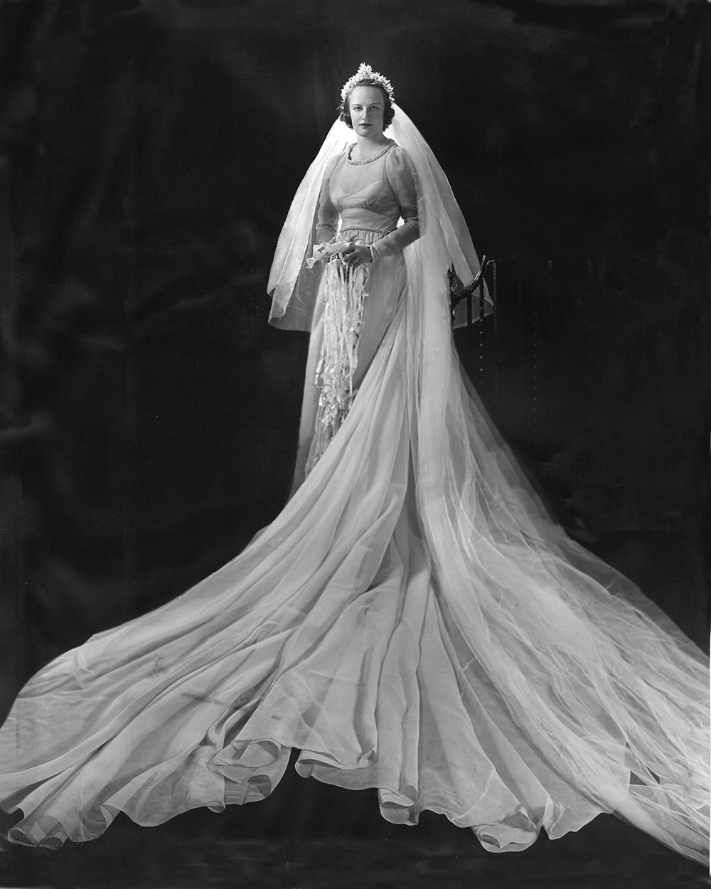 Vintage Bride Dramatic Bridal Portrait 1938 Helen Charles