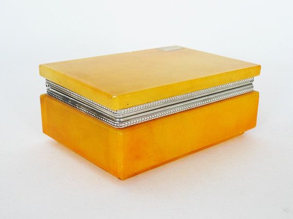 Vintage Italian Alabaster Hinged Box Yellow Marble Trinket
