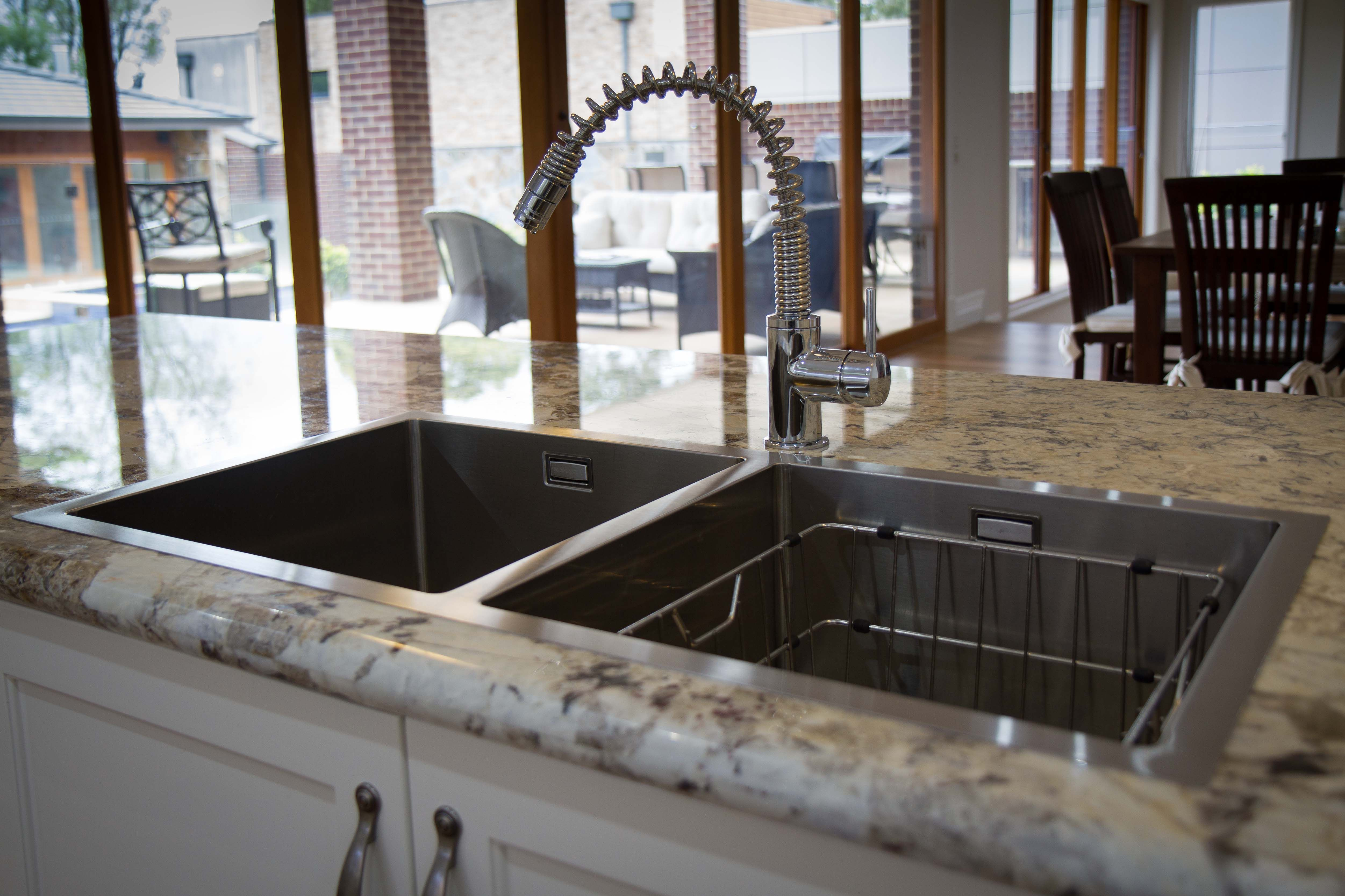 Traditional Kitchen. Top Mount Sink. Www.thekitchendesigncentre