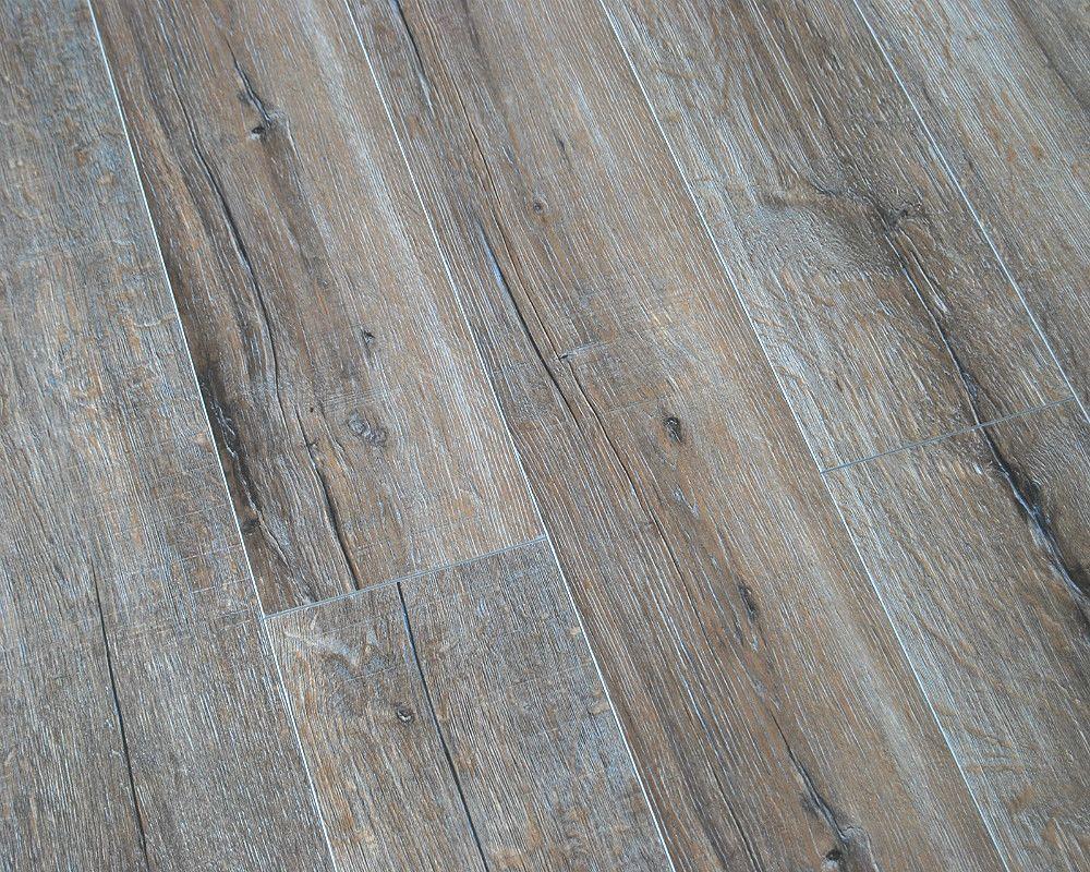 Berryalloc 8mm Cracked River Oak V Groove Laminate Flooring Tiles Flooring Laminate Flooring Floors Direct