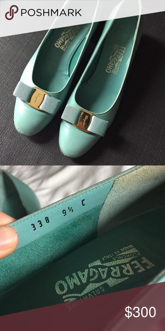 b9091180e25 Turquoise Vintage Ferragamo Vara Bow Shoes 9.5C
