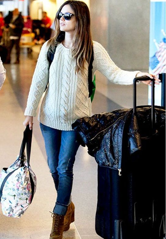 91608f459ce3 7 things to avoid wearing while traveling in an airplane - Clothes that  make you feel too warm or cold  TravelTips  FashionTips  TravelWears