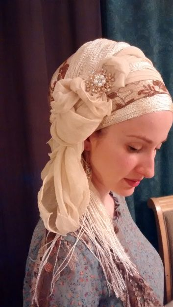 A Little Ruffle, a Little Lace, and ALL Shabbat Shalom! | Kopftücher ...