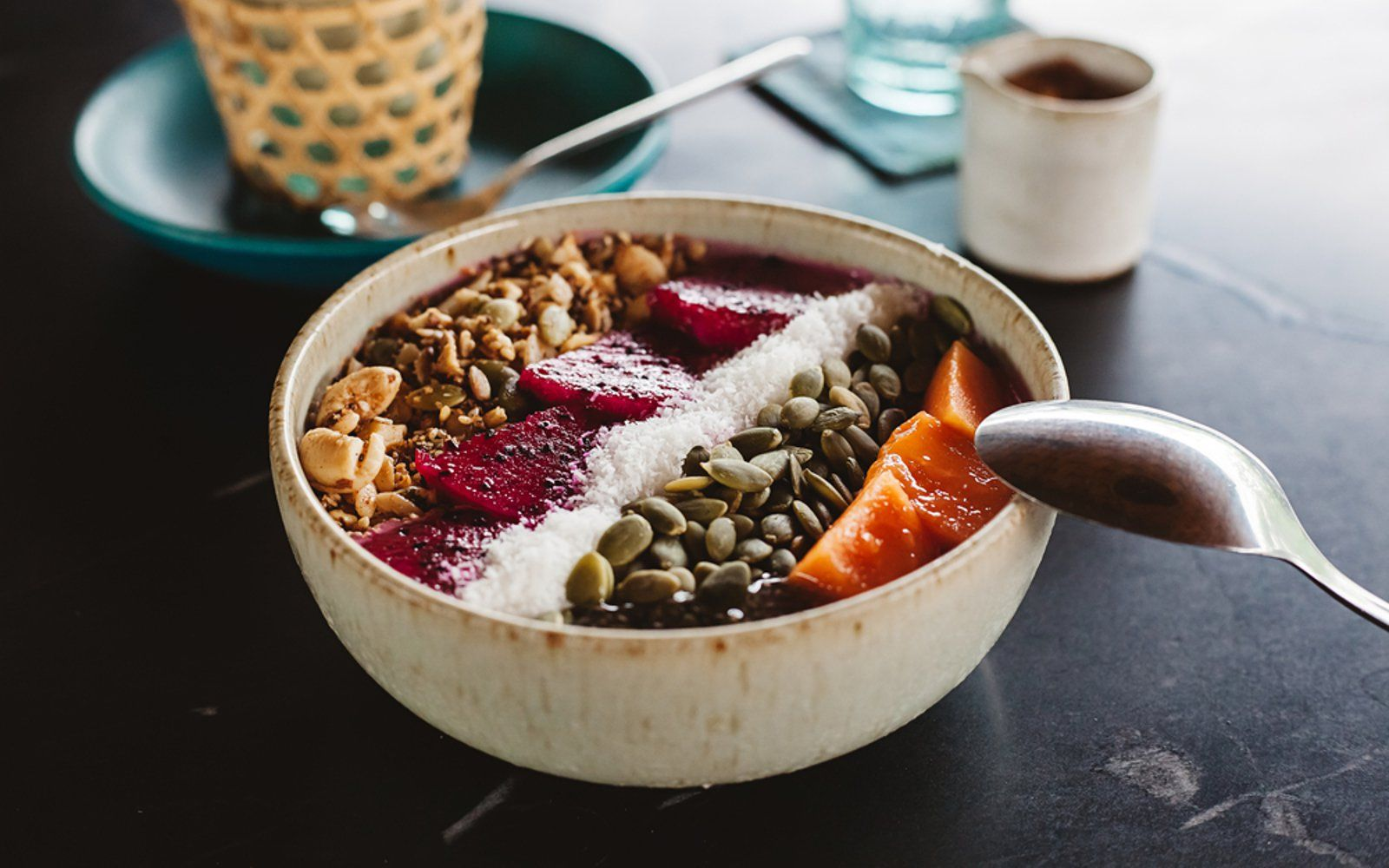 Your Guide To Plant Based Fare In Atlanta Creative Gourmet Vegan Restaurants Dragon Fruit Smoothie Bowl