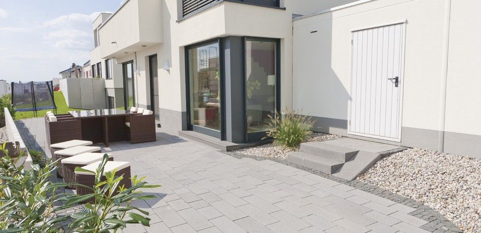 pflastersteine padio von rinn betonsteine und natursteine. Black Bedroom Furniture Sets. Home Design Ideas