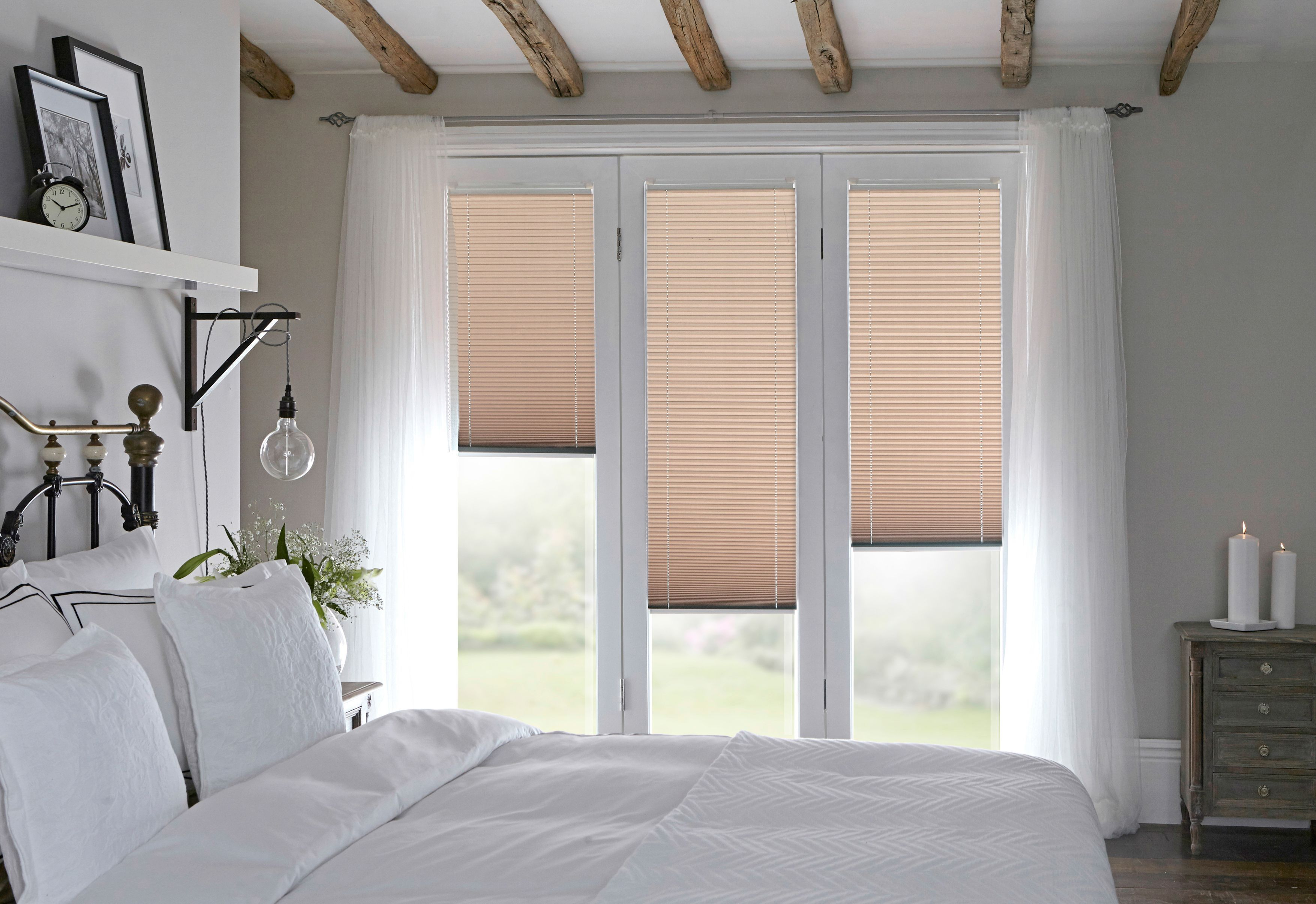 Pleated Blinds From Style Studio Bedroom Blinds Best Blinds For Summer Blush Blinds With Images Modern Window Dressing Curtains With Blinds Living Room Blinds