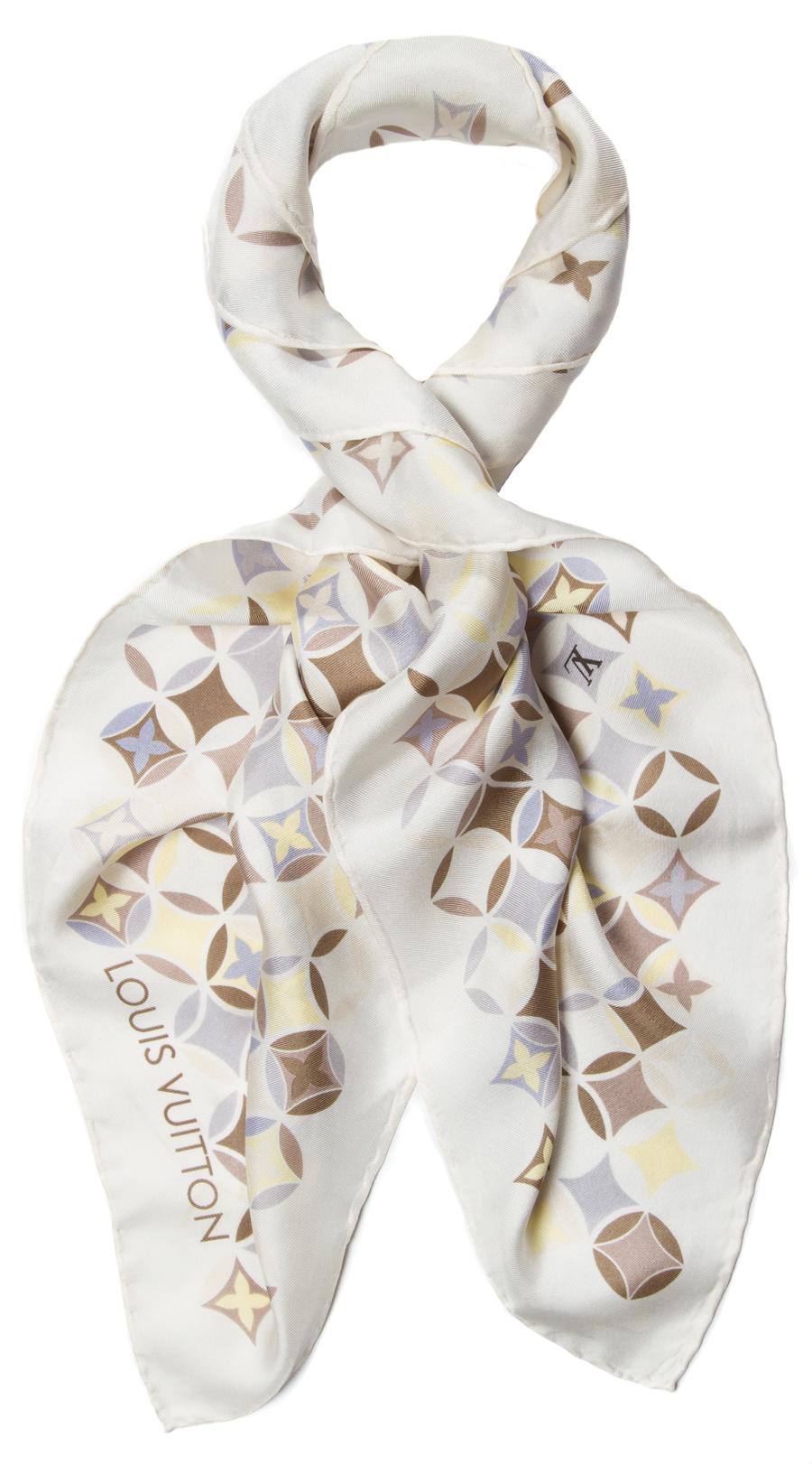 Louis Vuitton Scarf   scarf   Pinterest 606be38541b