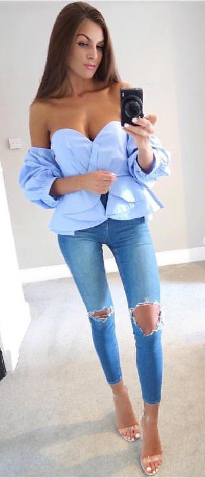 c3f147d515a37  fall  outfits Blue Off The Shoulder Blouse + Destroyed Skinny Jeans