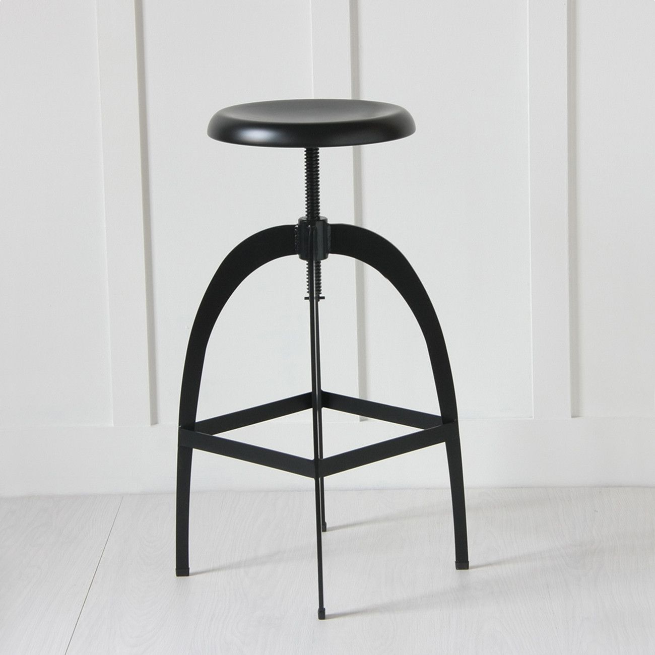 The Rocket Matt Black Metal Adjustable Bar Kitchen Counter Stool Bar Stools White Kitchen Bar Stools Kitchen Counter Stools