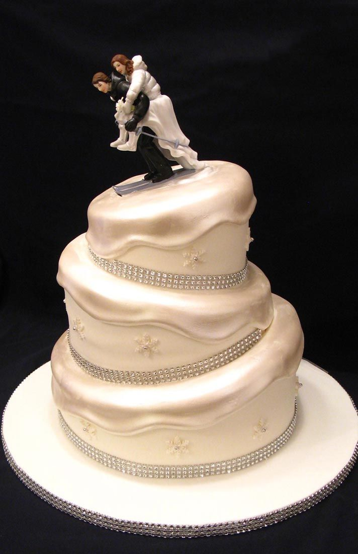 Wedding Cake Shapes From Round To Topsy-Turvy | Cakes by Carol ...