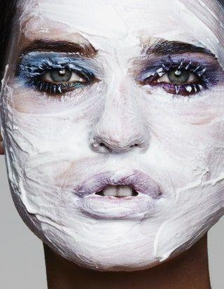 Comment les masques pour le visage sont devenus le rituel ultime pour prendre soin de soi en ...