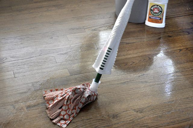 Uses For Murphy Oil Soap For The Home Cleaning Wood Floors Cleaning Wood Wood Floor Cleaner