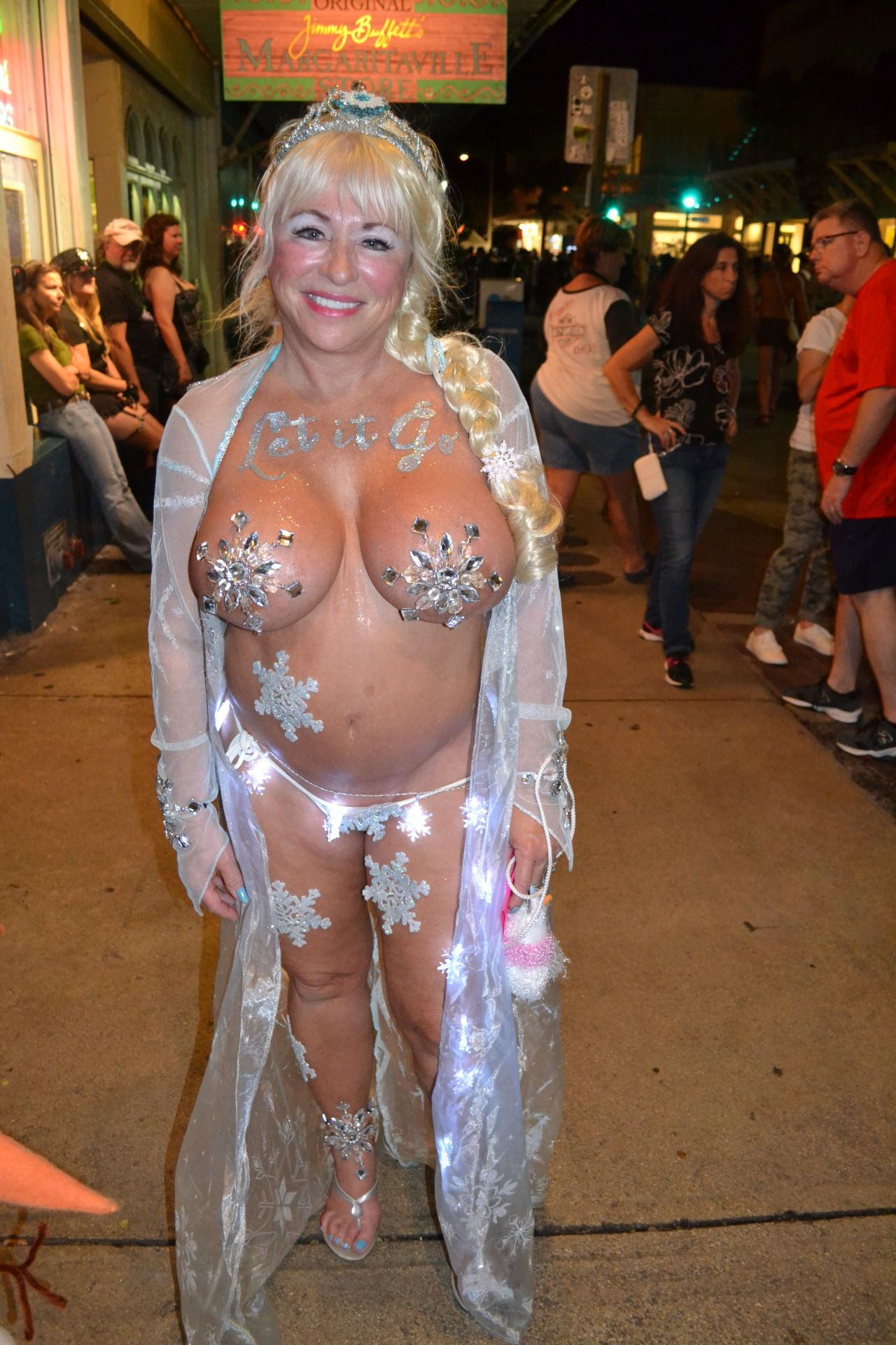 Fest pics west key fantasy