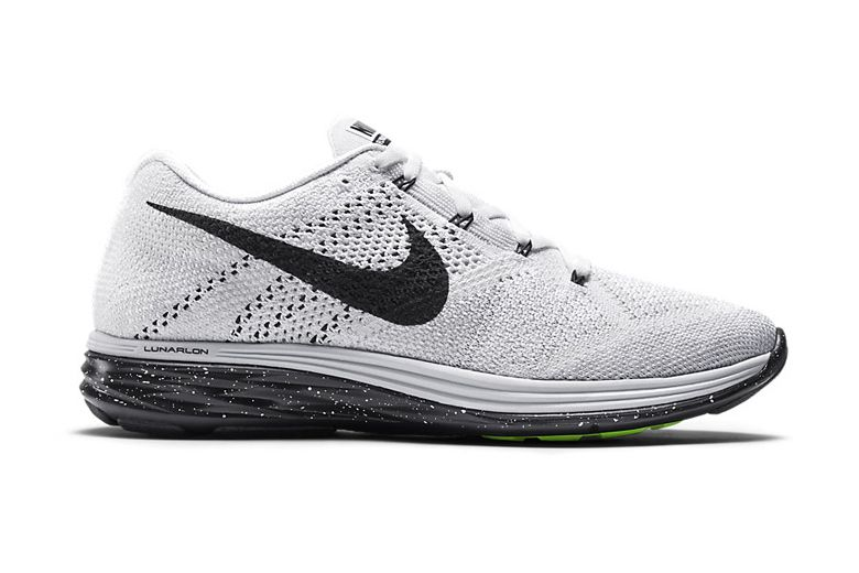 54a2fb06bfafd Nike Flyknit Lunar 3 White Black  Flyknit and flashy colors have always  been complementary to one another. And even though Nike s latest colorway  of the ...