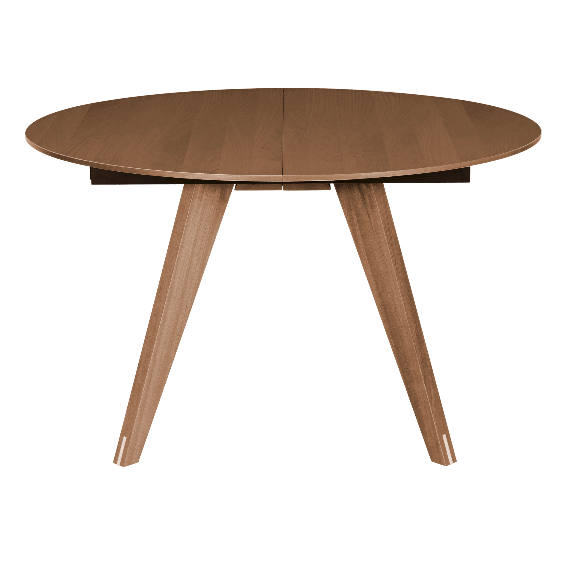The Mood round dining table walnut by Bolia boasts a top finish