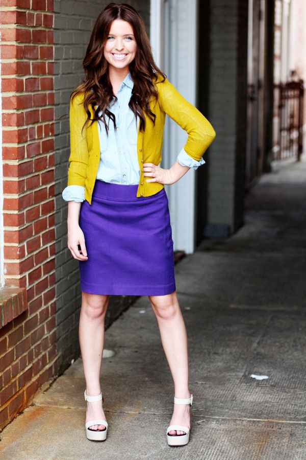 purple and mustard. love this color combo.