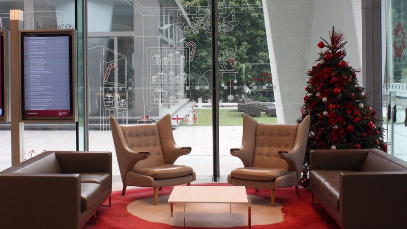 Resulta ng larawan para sa office lobby christmas decor office - office christmas decorations