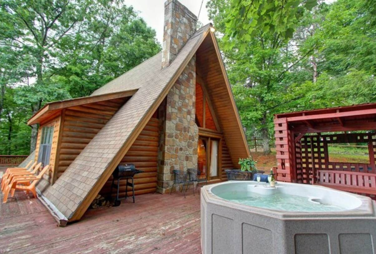 cabins pet friendly near private rentals of with in tn cabin pool pigeon interior forge indoor secluded