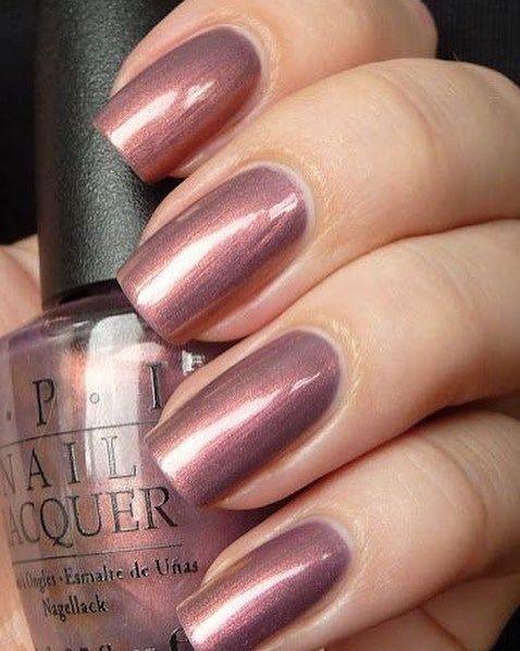 Pretty mauve nail color