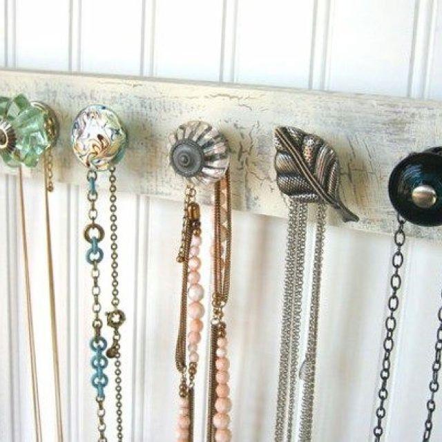 love the variety hooks | It\'s Crafty! | Pinterest | Perchero ...