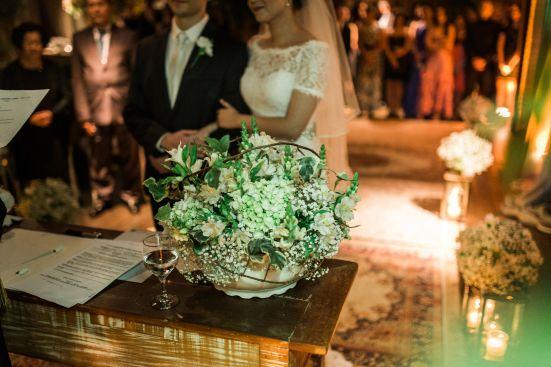 casamento denise & lessandro-arranjo aparador cerimônia, decoração branca e verde