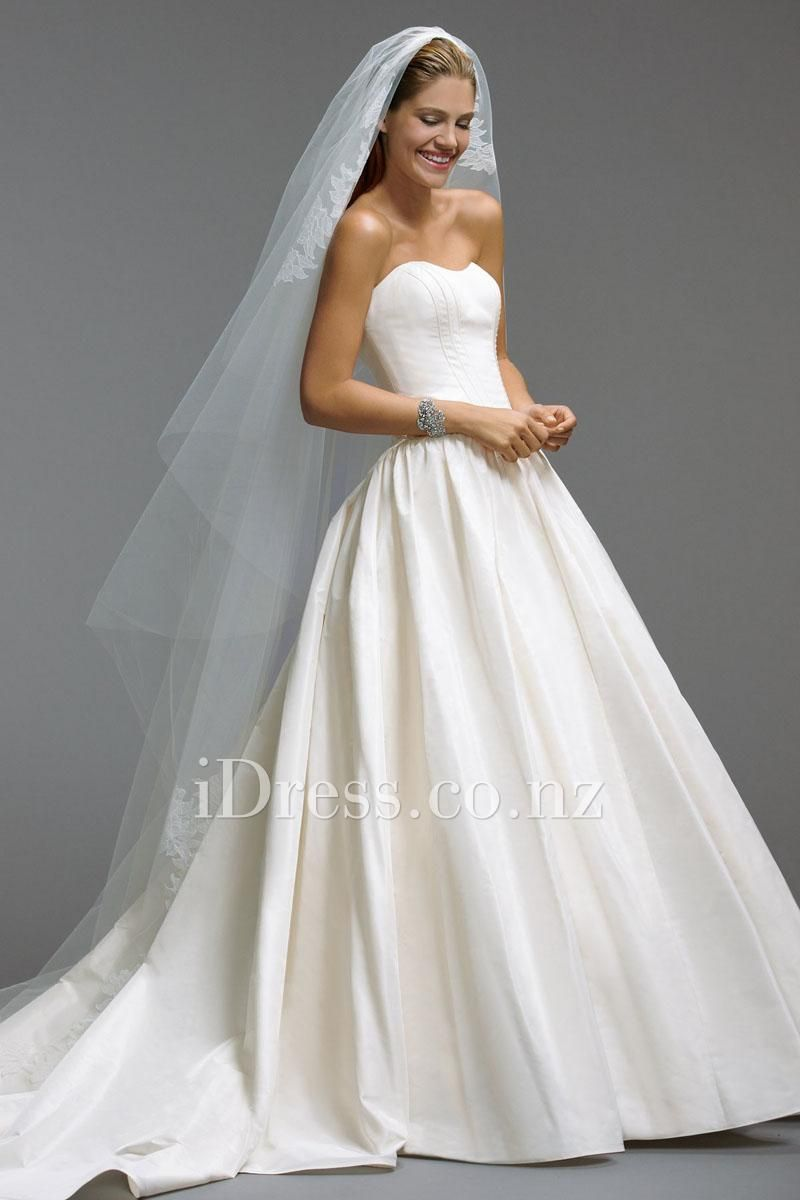 Taffeta Strapless Basque Waist Bridal Ball Gown With Pockets From