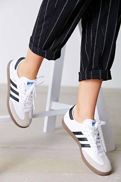 super popular b9308 f83f0 Zapatos, Zapatillas y Adidas