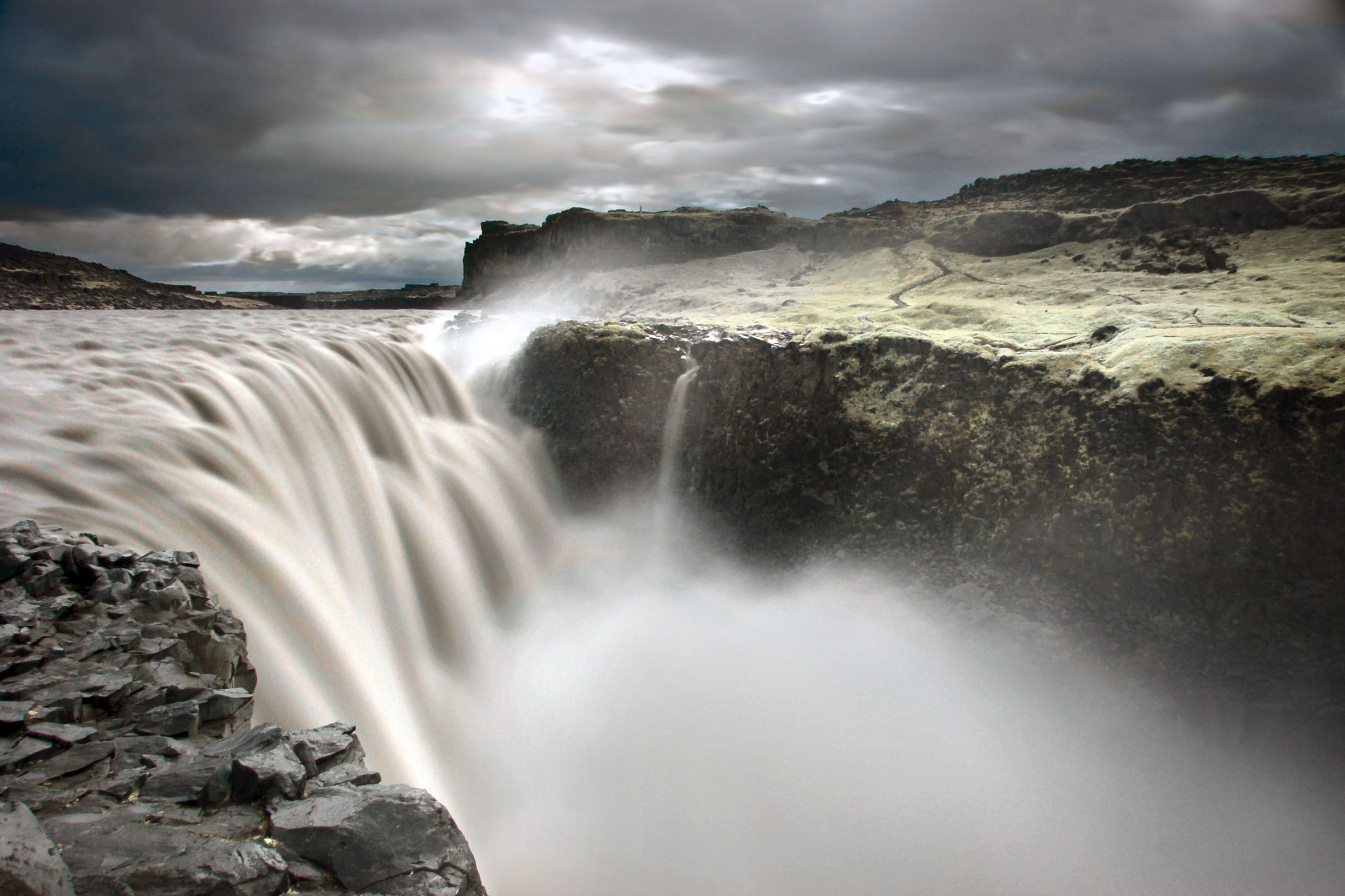 Prometheus.... Dettifoss is the most powerful waterfall (in terms ... | title | waterfall terms