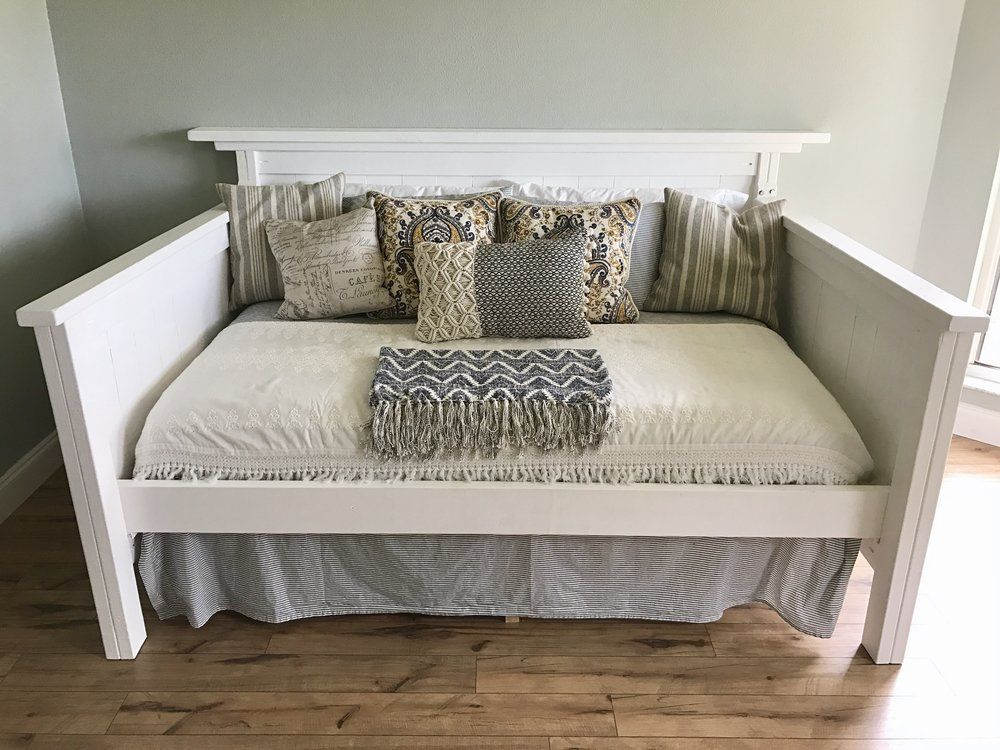 White full-size daybed | Southern Hound Design Co. #daybed ...