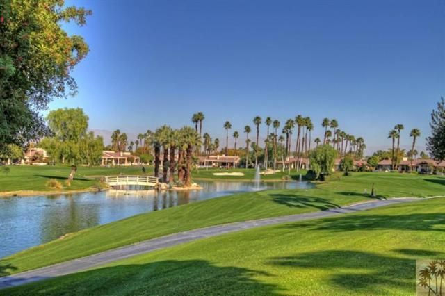 THE LAKES COUNTRY CLUB. 410 RUNNING SPRING DRIVE, PALM DESERT, CA 92211 - Luxury SoCal Villas