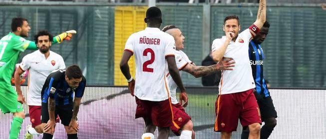Vía AS_TV: la narración más loca llega desde Italia con el gol de Totti https://t.co/zZPOJhAUsF https://t.co/ftAN9bKYl9  Vía AS_TV: la na