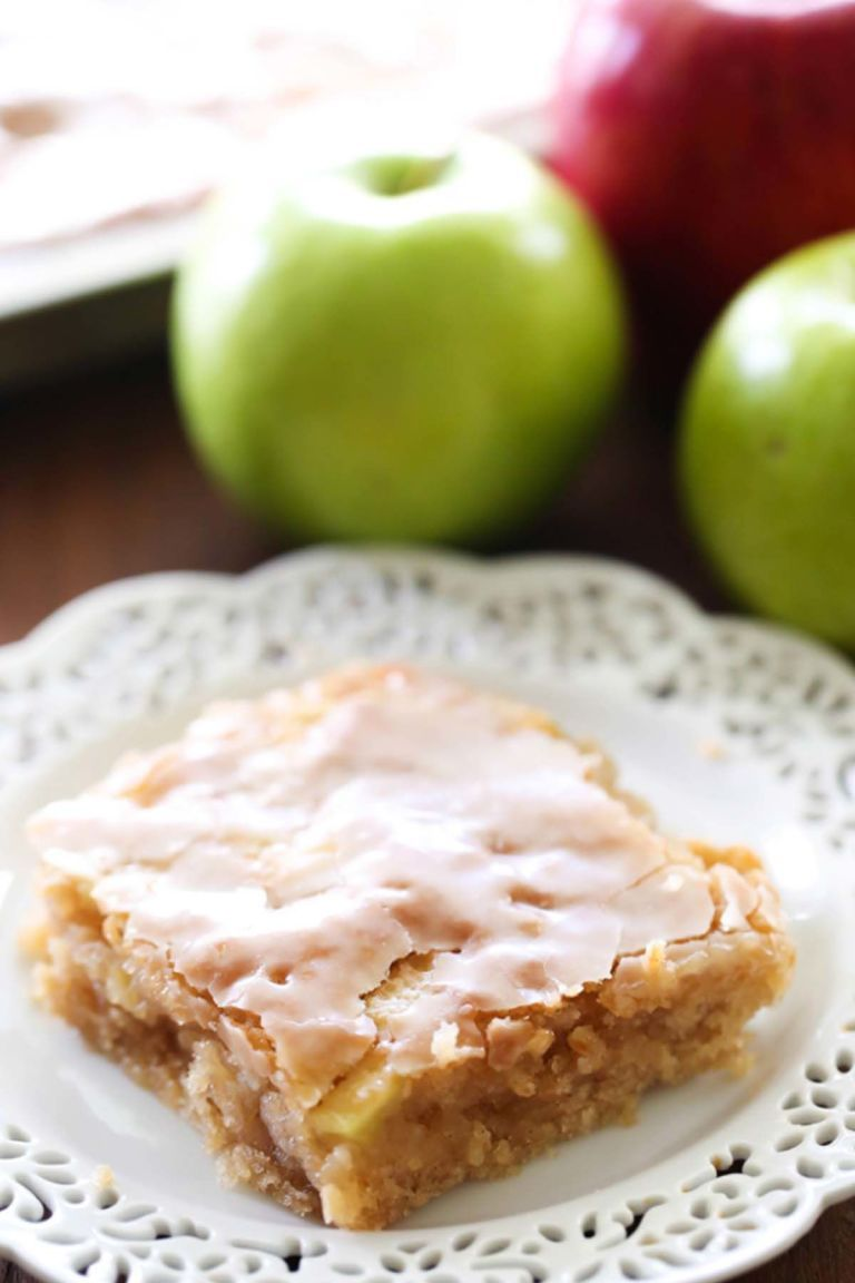Forget the pie—it's all about apple cake this season.