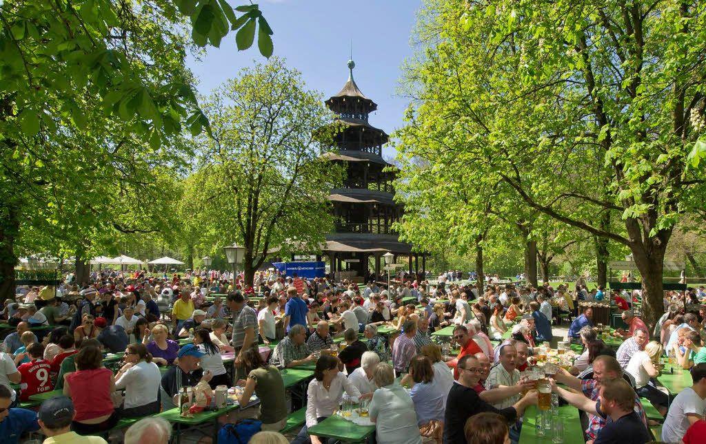 Biergarten Englischer Garten Am Chinesischen Turm Favourite