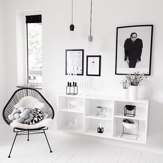 Wohnen in Weiß 3 Tipps Frisch, Wände und Einfach - wohnzimmer schwarz rot weiss