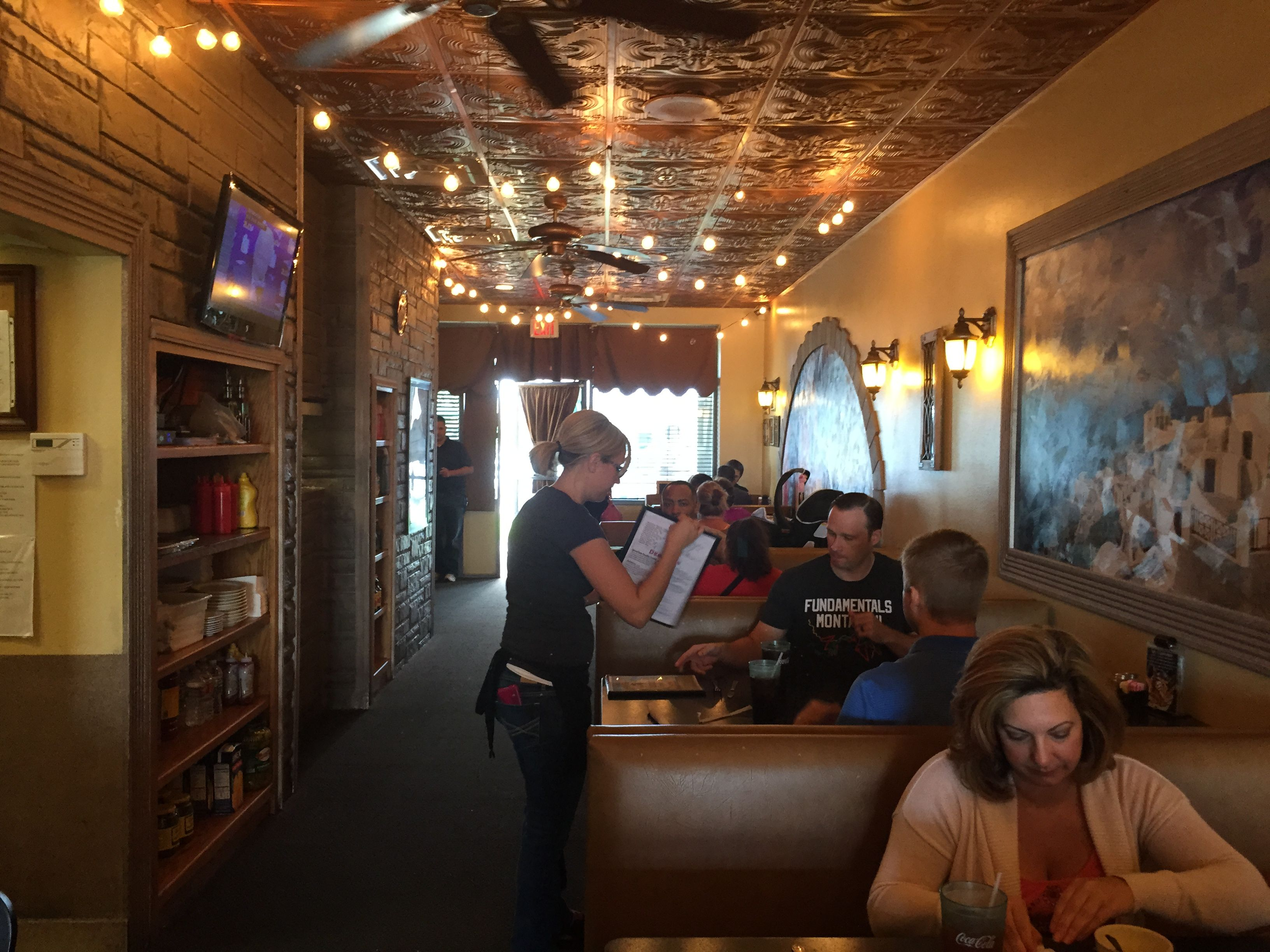 Sabas Mediterranean Kitchen On The Road Eats F A S T Review Saba