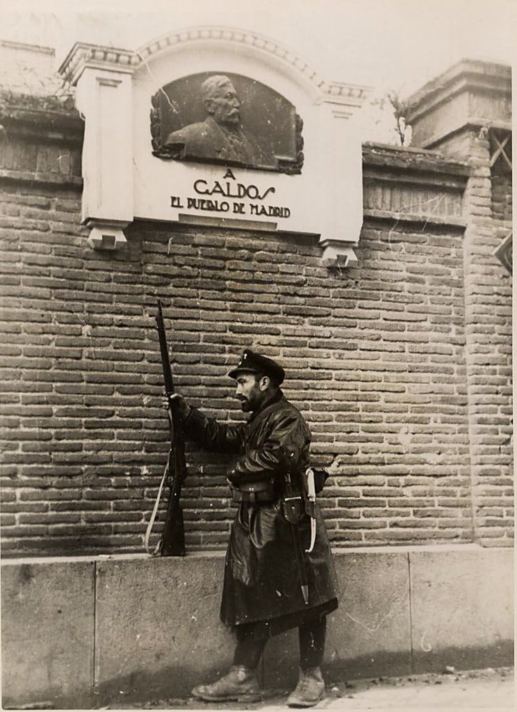 Madrid, calle del olivo. 1937 | Spanish Civil War - Republican ...