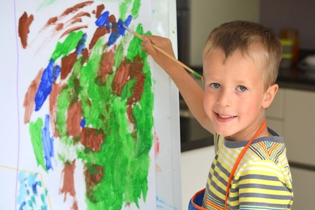 children paint see spinning circles action poems for inspiring the youngest ones to fingerpraint - Children Painting Pictures